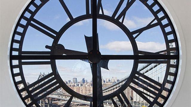 Една стара часовникова кула превърната в Пентхаус за $ 18 млн.