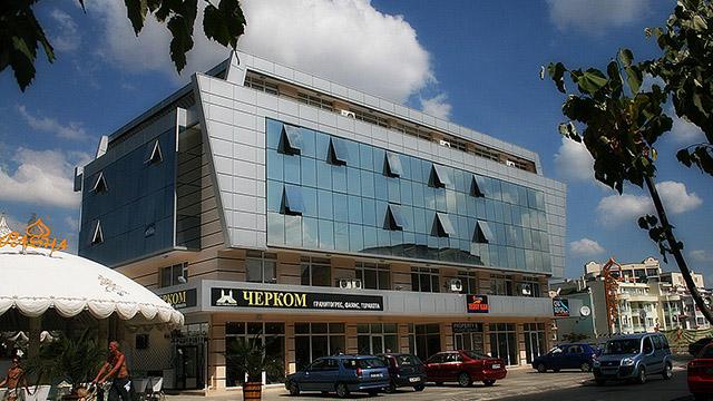 Архитектурен проект на Търговски център, к.к. Слънчев бряг - Проектирано от ВЕРТИКАЛИ - Архитектурно и интериорно проектиране