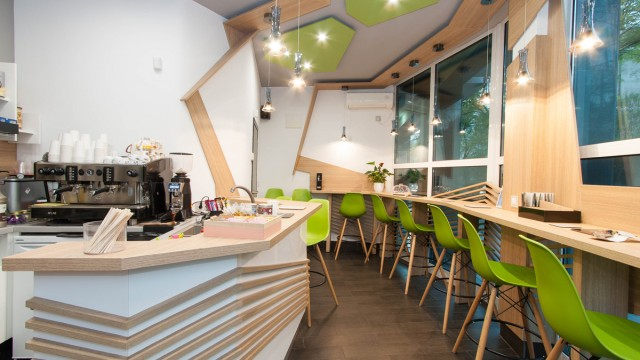 "Small Coffeehouse bar ""Si cafe""  interior design - Проектирано от VERTIKALI - Architectural and interior design"