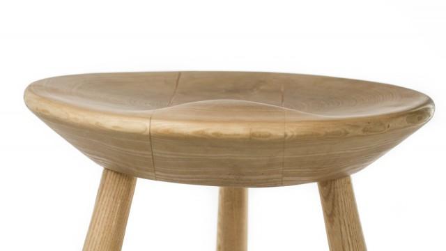 Бар стол III - Mood Wood Design - Проектирано от ВЕРТИКАЛИ - Архитектурно и интериорно проектиране