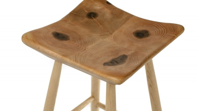 Wooden bar stool IV - Проектирано от VERTIKALI - Architectural and interior design