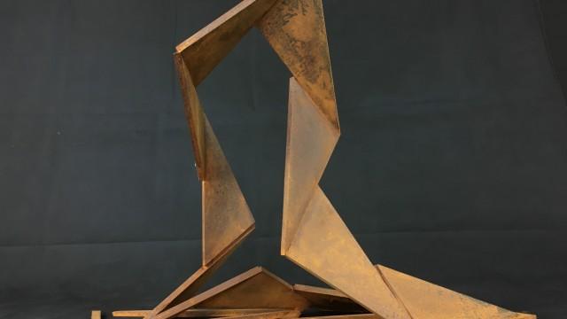 """Метална пластика """"Развитие 2"""" - Проектирано от ВЕРТИКАЛИ - Архитектурно и интериорно проектиране"""